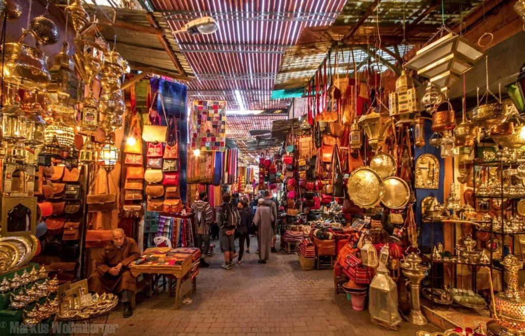 casablanca city tour sightseeing 1024x656 - Guide Morocco Tours | Morocco Guided Tour